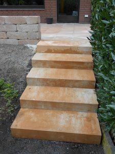 Neu- und Umgestaltung von Gartentreppen